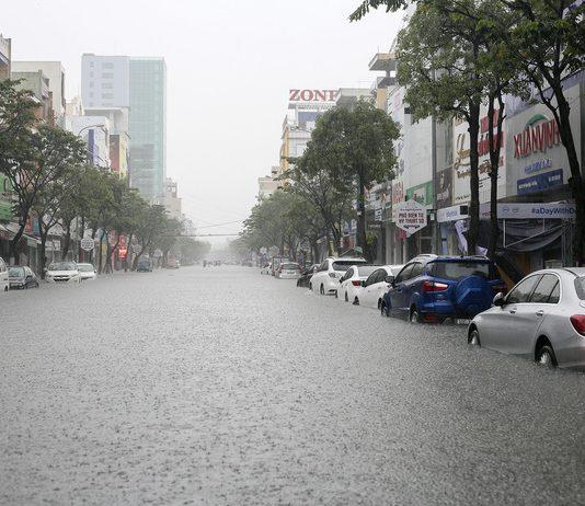 Mưa lớn Đà Nẵng
