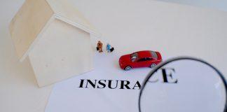 bảo hiểm truyền thống gặp khó
