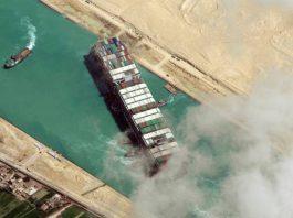 Tắc nghẽn kênh đào Suez